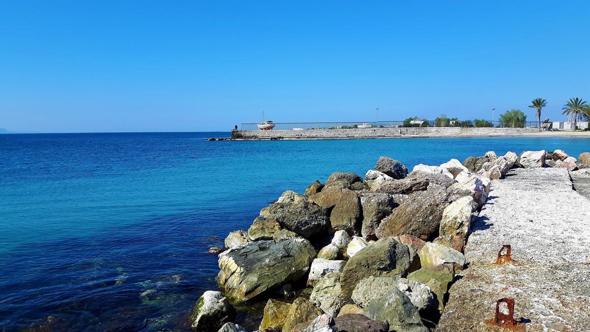 Παραλία Αγίου Κοσμά στο Ελληνικό 01