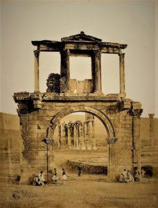 Πύλη του Αδριανού 6